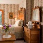 Garden Room Bedroom - Door County Room
